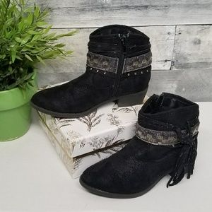 Girl's Justice Boots